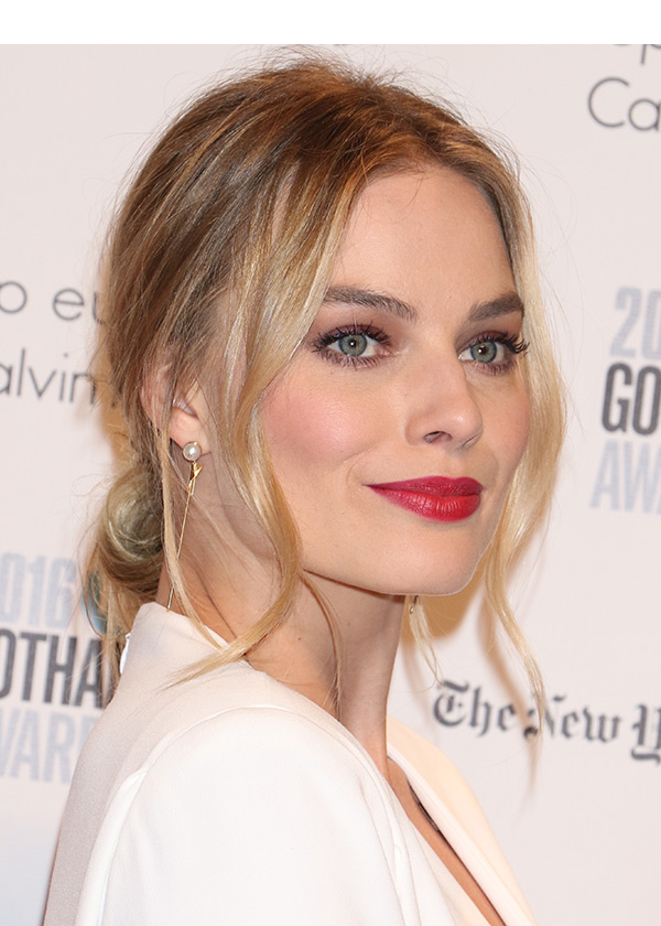 Margot Robbie Gotham Awards Hair