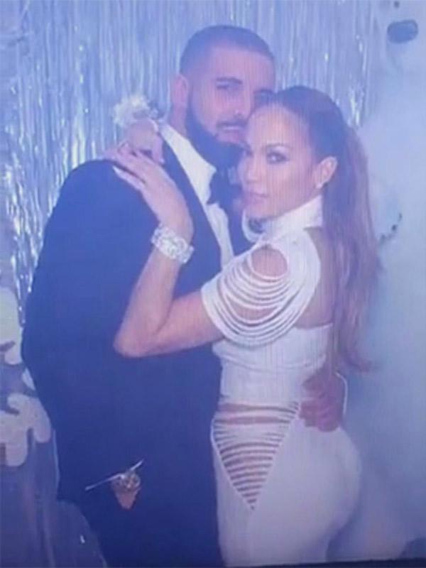 Drake Proved Loyalty To Jennifer Lopez