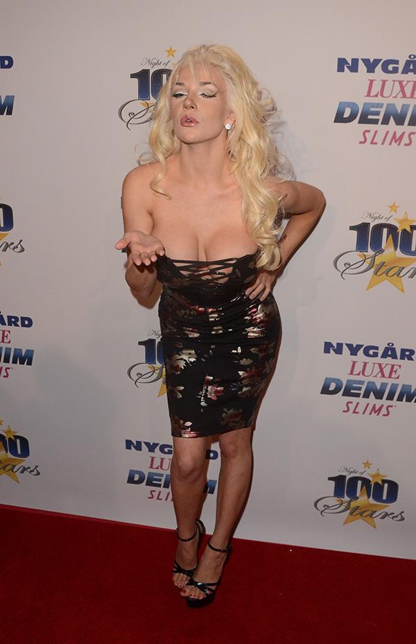 Courtney Stodden Nipple Oscars