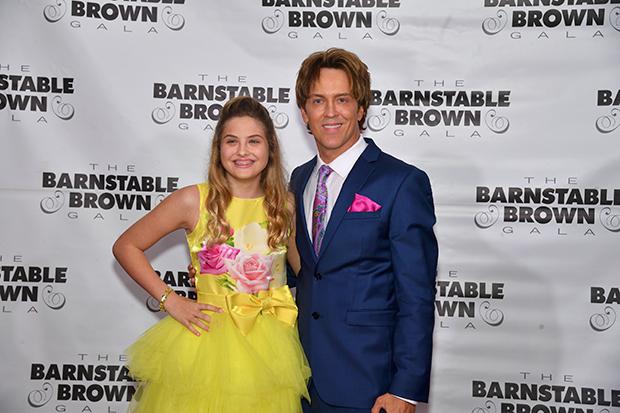 Larry Birkhead & daughter Dannielynn at the Kentucky Derby in 2019