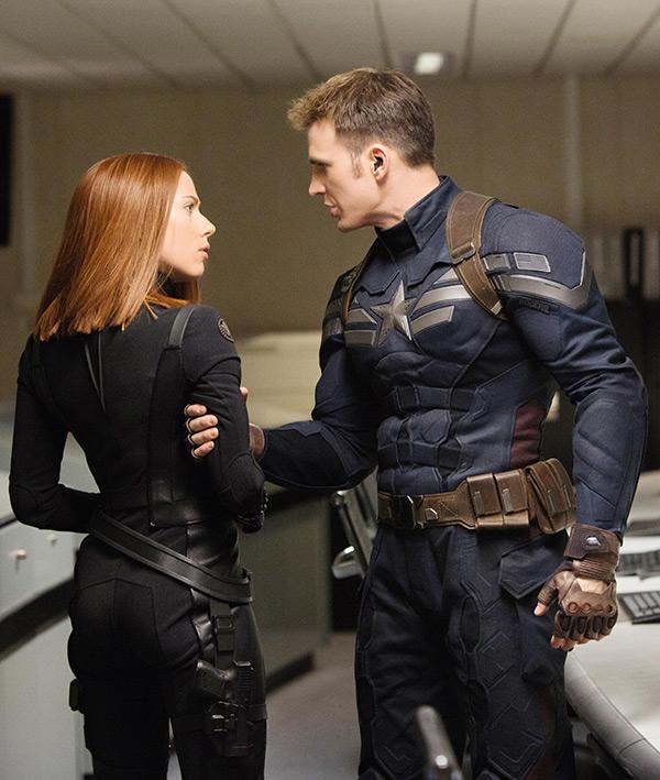 Scarlett Johansson Chris Evans Dating