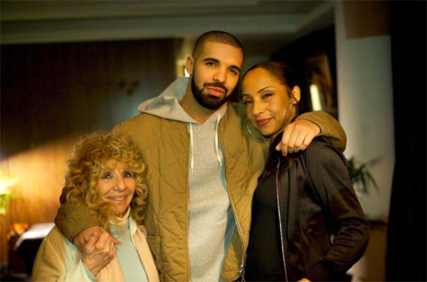 Who Is Sade 5 Things To Know About Legendary Singer Hanging Out With Drake Hollywood Life