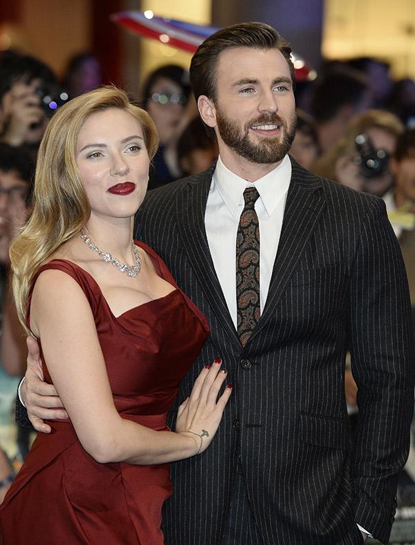 Scarlett Johansson Chris Evans Romance