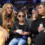 Beyonce,Blue Ivy Carter,Tina Knowles all star game