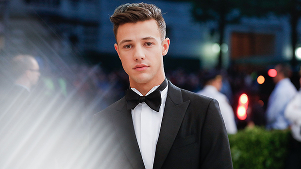 Cameron Dallas Fan Killed In Car Accident How He Sent Flowers Hollywood Life