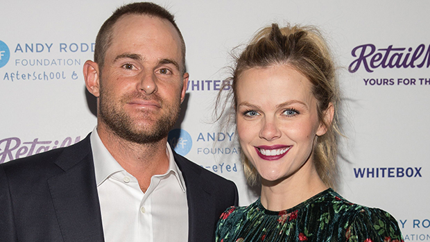 Brooklyn Decker with her husband Andy Roddick while pregnant