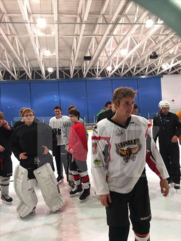 Justin Bieber Hockey Thanksgiving