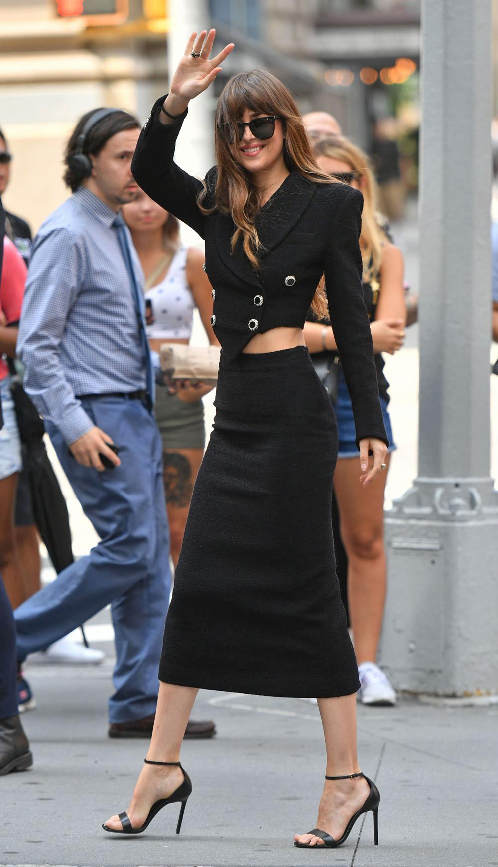 Dakota Johnson S Hottest Looks Pics Photos Of Fifty Shades More Hollywood Life