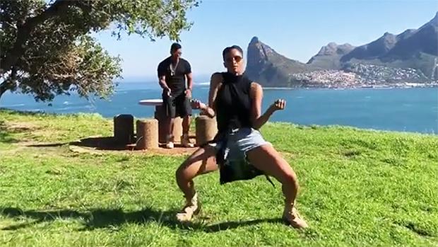 Ciara & Russell Wilson 'In My Feelings' Challenge