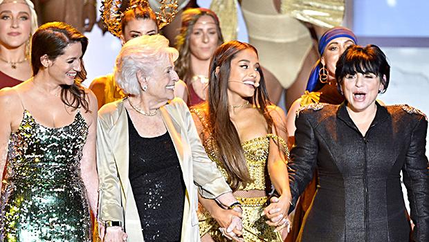 Ariana Grande, Her Mom & Grandma at VMAs