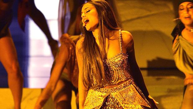 ariana grande vmas performance