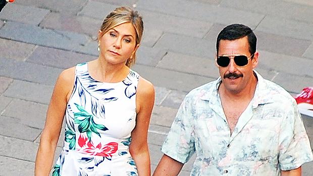 Jennifer Aniston & Adam Sandler Holding Hands Murder Mystery