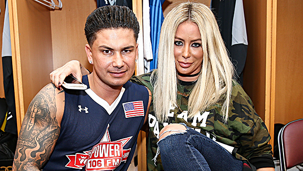 Married pauly d Pauly D's