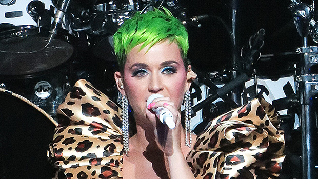 katy perry green hair makeover