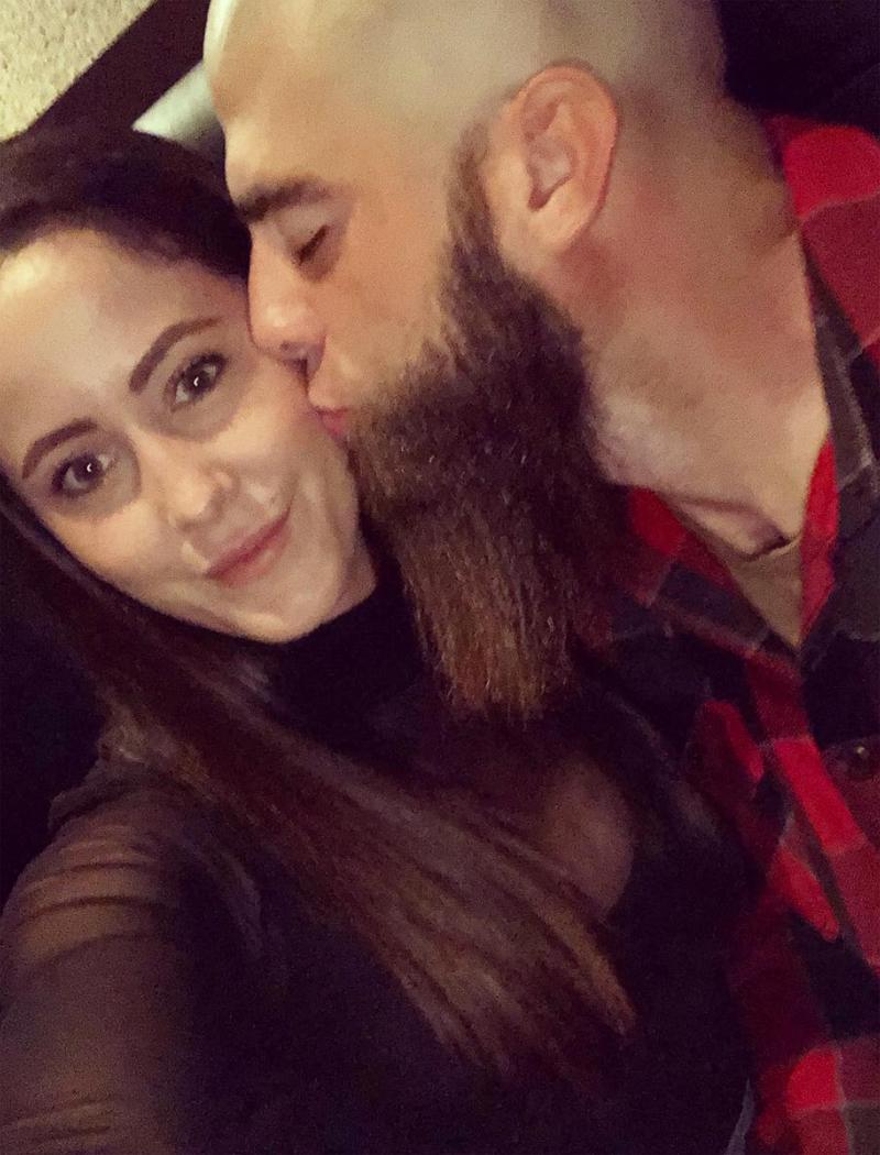 David Eason Kisses Jenelle Evans