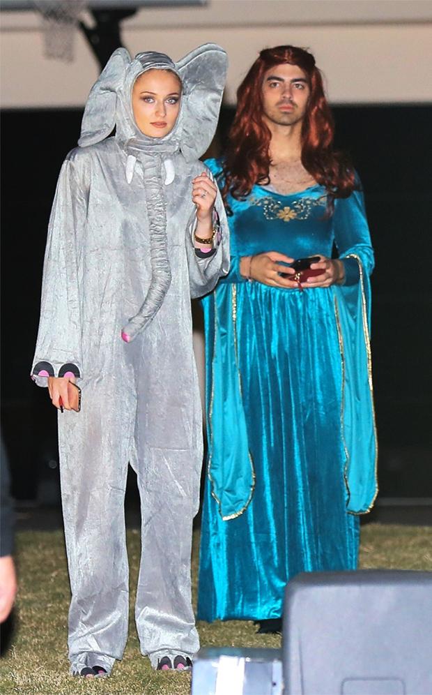Joe Jonas & Sophie Turner on Halloween