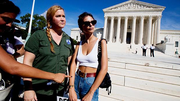 Emily Ratajkowski protesting Brett Kavanaugh