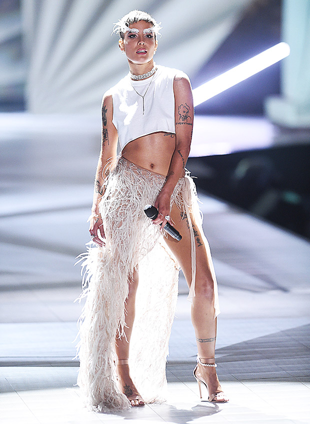 Halsey VS Fashion Show