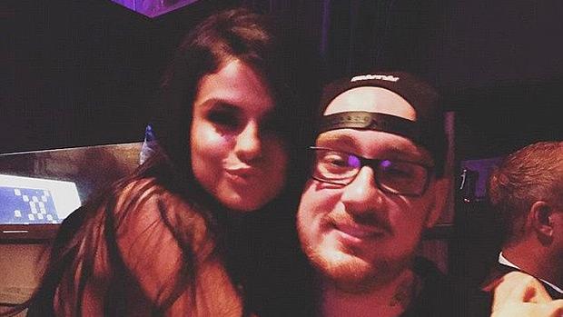 Selena Gomez, Bang Bang