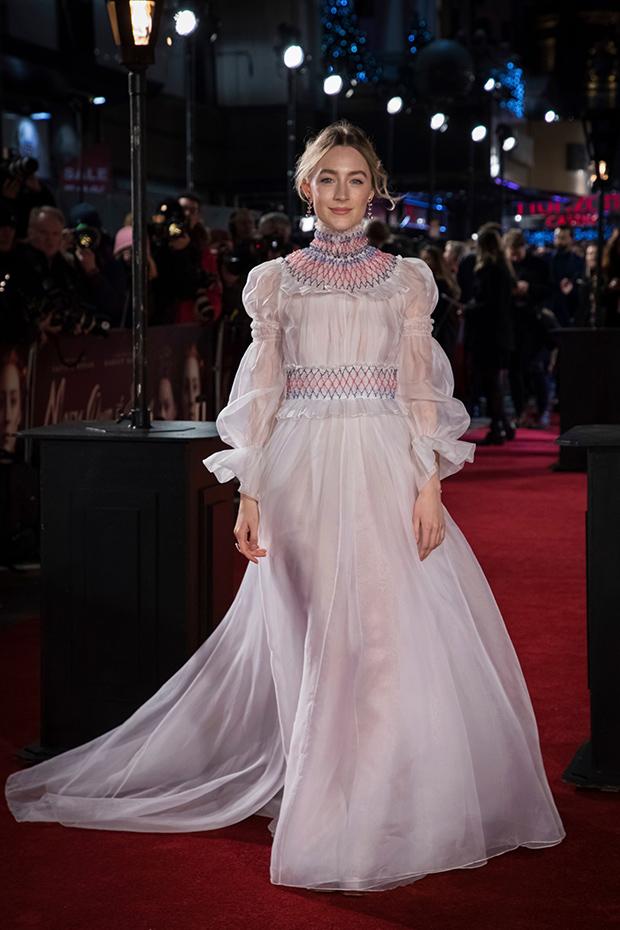 Margot Robbie Mary Queen of Scots