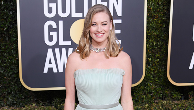 Yvonne Strahovski S Dress At Golden Globes 2019 See Mint Gown Hollywood Life The handmaid's tale actress announced on instagram monday that she and husband tim loden. hollywood life