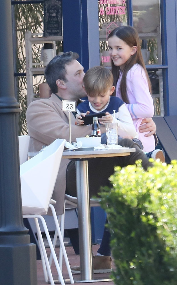 Pacific Palisades, CA  - *EXCLUSIVE*  - Actor Ben Affleck takes his kids Seraphina and Samuel out for lunch and some shopping at the Amazon bookstore in Pacific Palisades. Missing from the trip was Ben's other daughter Violet.Pictured: Ben Affleck, Seraphina Affleck, Samuel Affleck  BACKGRID USA 22 FEBRUARY 2019   USA: +1 310 798 9111 / usasales@backgrid.com  UK: +44 208 344 2007 / uksales@backgrid.com  *UK Clients - Pictures Containing Children Please Pixelate Face Prior To Publication*