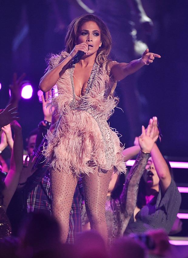 Jennifer Lopez Grammys 2019