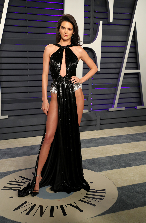 Vanity Fair Oscars Party Photos 2019 See Red Carpet Pics Hollywood Life