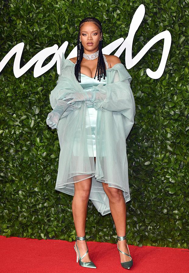 rihanna fashion awards 2019