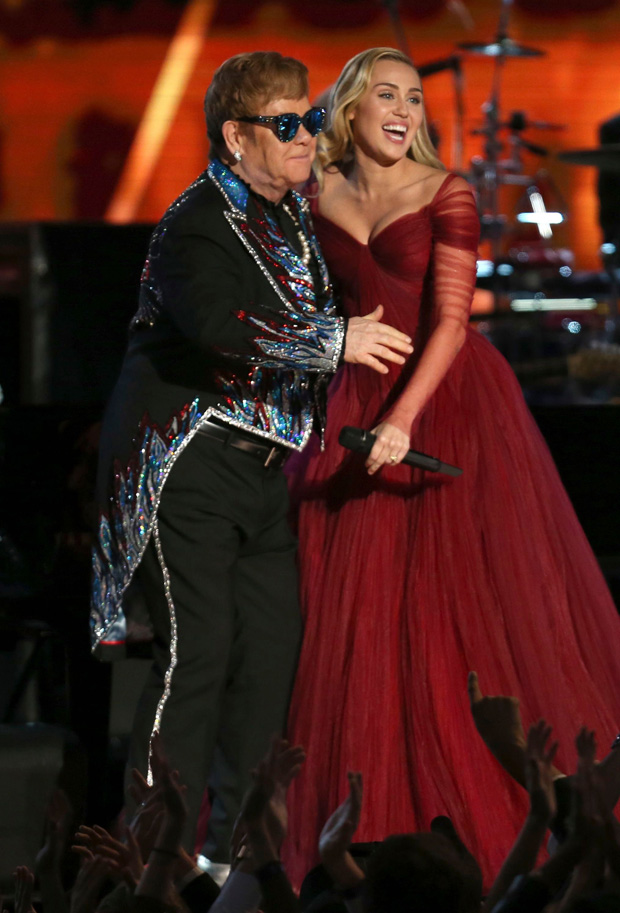 """Elton John, Miley Cyrus. Elton John and Miley Cyrus perform """"Tiny Dancer"""" at the 60th annual Grammy Awards at Madison Square Garden, in New York60th Annual Grammy Awards - Show, New York, USA - 28 Jan 2018"""