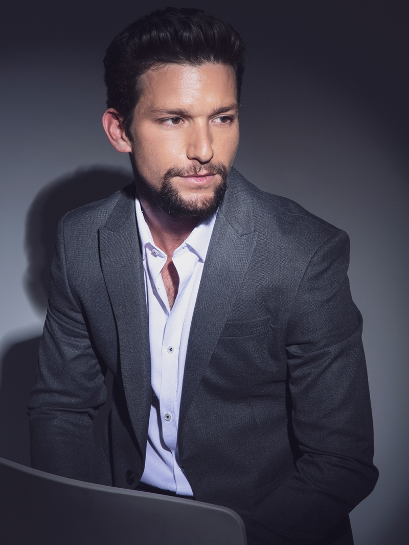 Daren Kagasoff Exclusive Portraits More Photos Hollywood Life To be honest, we're still wondering if. hollywood life