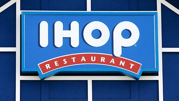 Restaurants Stores Open On Memorial Day