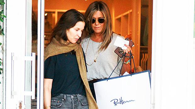 Jennifer Aniston High Waisted Jeans