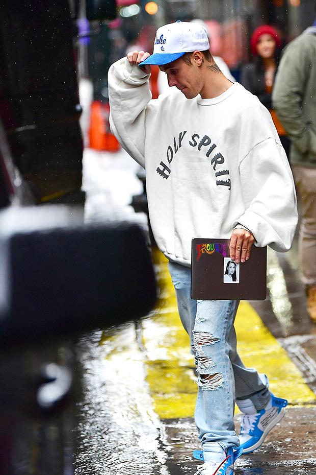 Justin Bieber Laptop