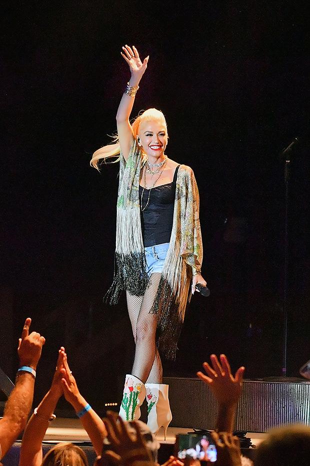 Gwen Stefani Onstage