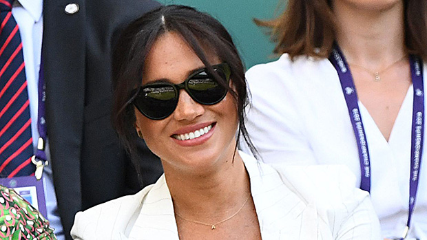 meghan markle wears archie necklace see the sweet a at wimbledon hollywood life hollywood life