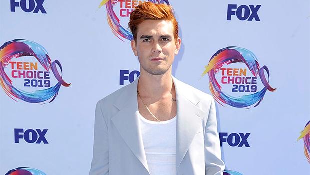 KJ Apa Teen Choice Awards