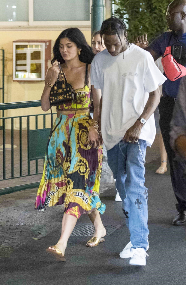 ** RIGHTS: ONLY UNITED STATES, BRAZIL, CANADA ** Capri, ITALY - Kylie Jenner and Travis Scott walking in Capri with their security as the couple take a break from parenting and enjoy an evening together.Pictured: Kylie Jenner, Travis Scott BACKGRID USA 8 AUGUST 2019 BYLINE MUST READ: Ciao Pix / BACKGRID USA: +1 310 798 9111 / usasales@backgrid.com UK: +44 208 344 2007 / uksales@backgrid.com *UK Clients - Pictures Containing Children Please Pixelate Face Prior To Publication*