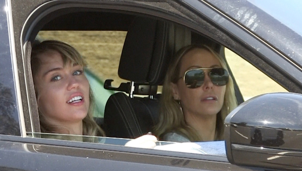 Miley Cyrus and mom Tish