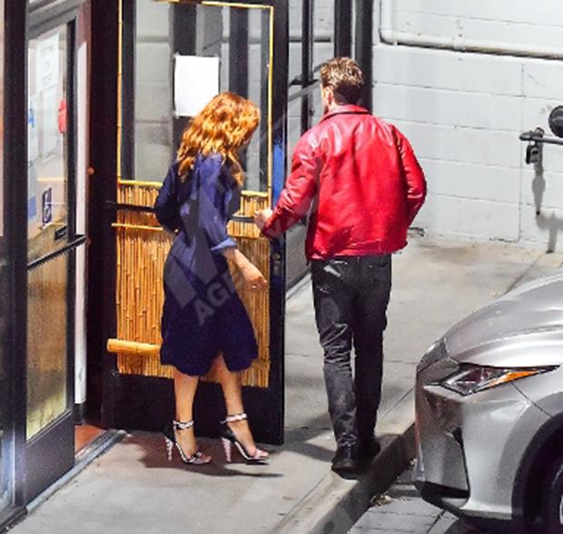 Eva Mendes & Ryan Gosling out to dinner