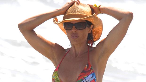 Lisa Rinna bikini photo