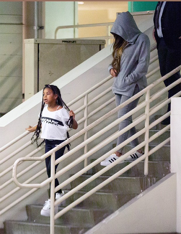 blue ivy beyonce shopping beverly hills