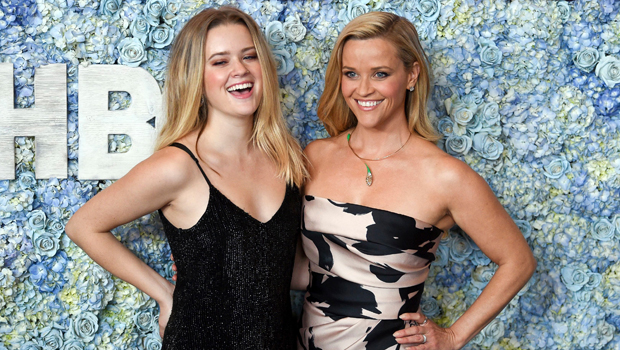 ava phillippe, reese witherspoon twnninng