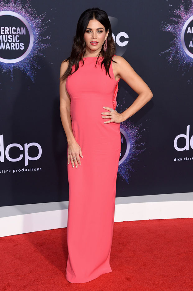 Jenna Dewan AMAs 2019