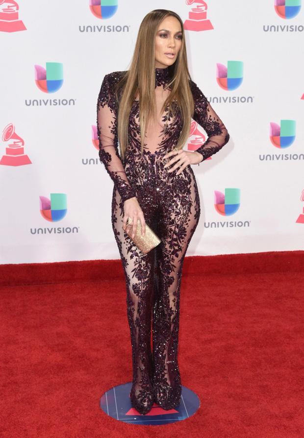 Jennier Lopez at the 2016 Latin Grammys