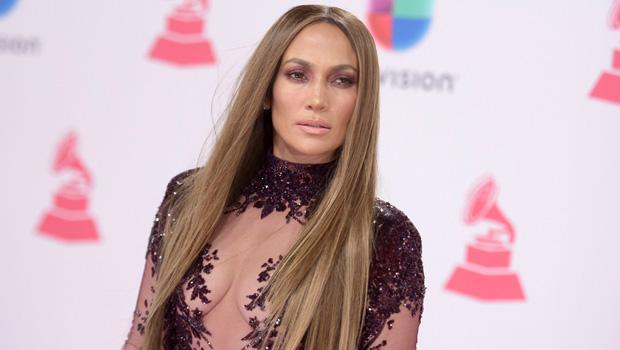 Jennifer Lopez at the 2016 Latin Grammys