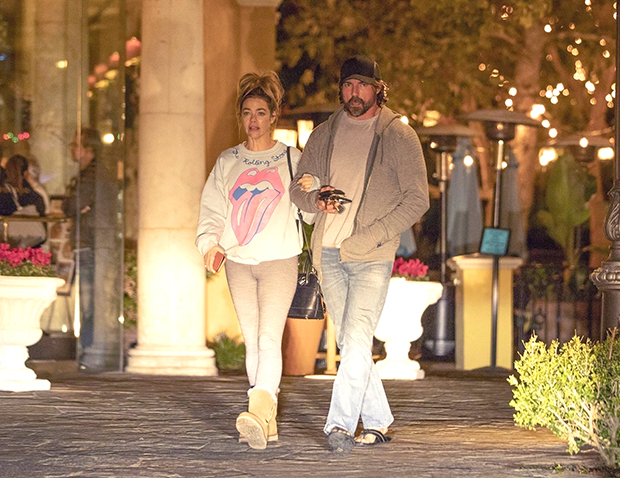 denise richards aaron phypers date nigth