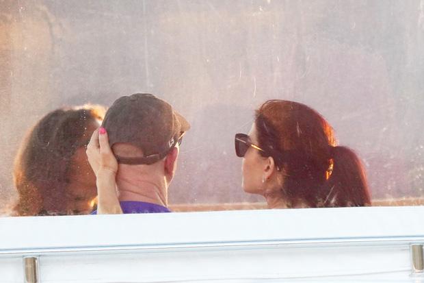 Jeff Bezos & Lauren Sanchez in St. Barts