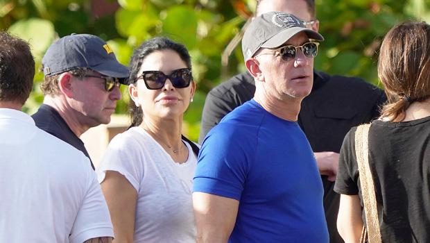 Jeff Bezos Lauren & Sanchez in Barts