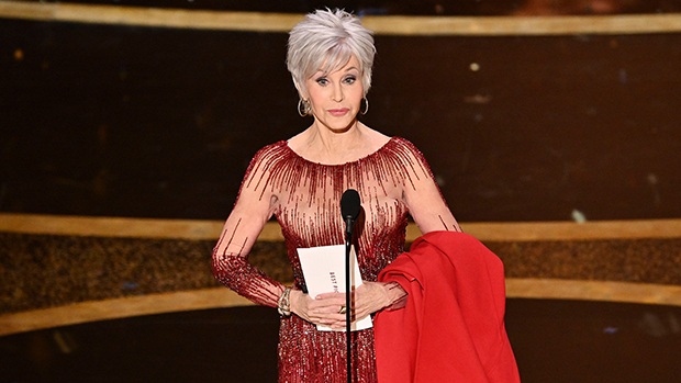 Jane Fonda At Oscars 2020 Debuts Short Silver Hairstyle In Red Gown Hollywood Life